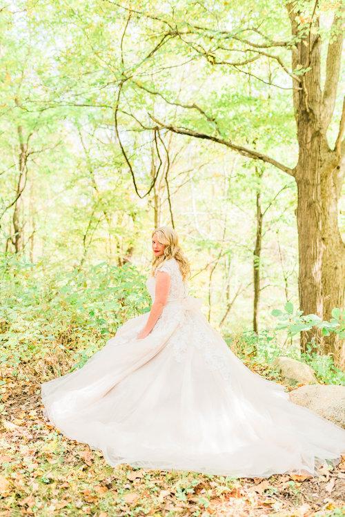 Covington+IN+Barn+Wedding+-+Blog+Brooke+Summers+Photography-3.jpg