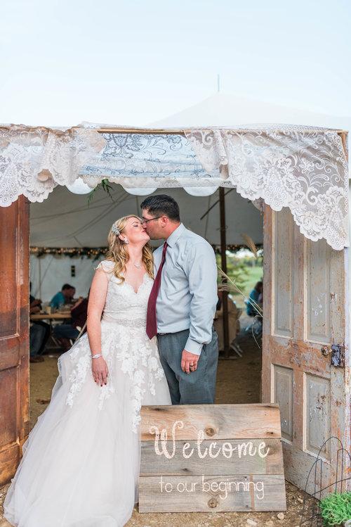Covington+IN+Barn+Wedding+-+Blog+Brooke+Summers+Photography-2.jpg