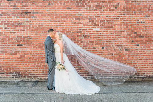 Monte+Cristo+Ballroom+Wedding+-+Blog+Brooke+Summers+Photography-14.jpg