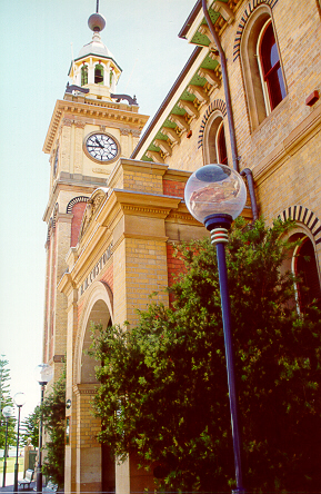 Customs house clock tower.JPG