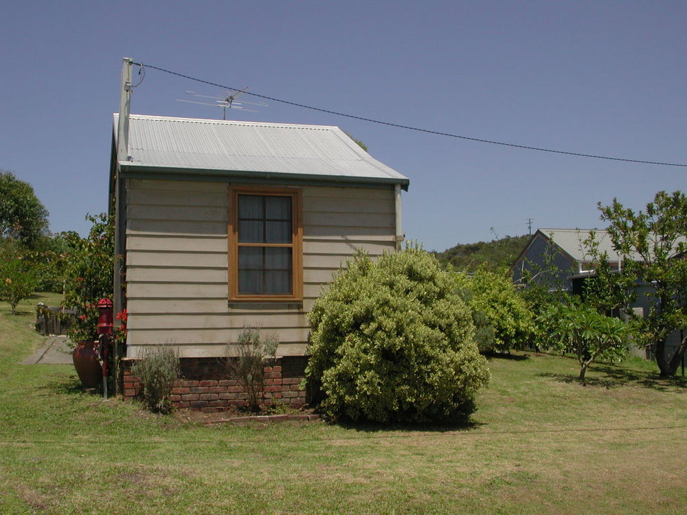 CHB cottage2.jpg