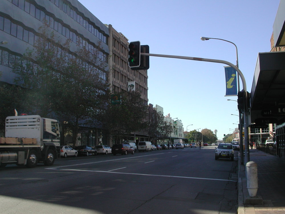 Hunter St facing east.JPG