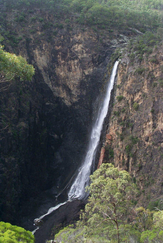 Dangars-Falls-Armidale-#2.jpg
