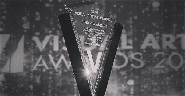 Vizzie b/w 📸 . . #VAA2018 #projection #vj #videomapping #videojockey #videoart #digitalart #digitaldesign #mapping #motiongraphics #visualartistawards#VAAS #projectionmappers #vdmx #resolume #madmapper #adobe #ai #avolites #d3 #hippotizer #graphics #art #lightart #pixels #inspiration #lasers