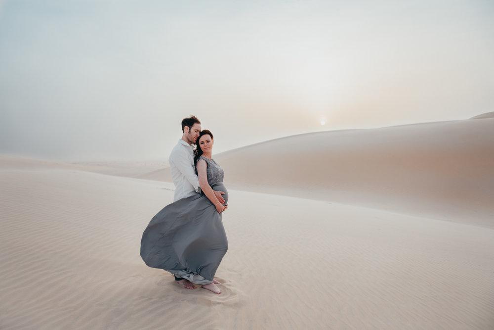 Saudi Arabia sand dunes session, family sand dunes photography, dhahran family photographer, Aramco family photographer,  family sand dunes photos, Allison redmon photos,