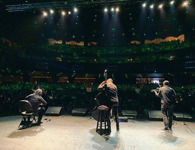 Wow!! We just played for a sold out crowd opening for #jayleno! Thank you Waterloo! What a ride!! 🔥🎻🎻🎻😎😎😎