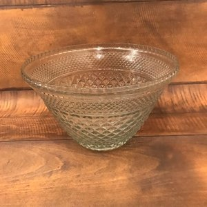 Extra Large Glass Bowls.    14-16 inch diameter. Great for any type of salad, fruit bowls, or anything on a buffet style table. Assorted vintage mismatched.