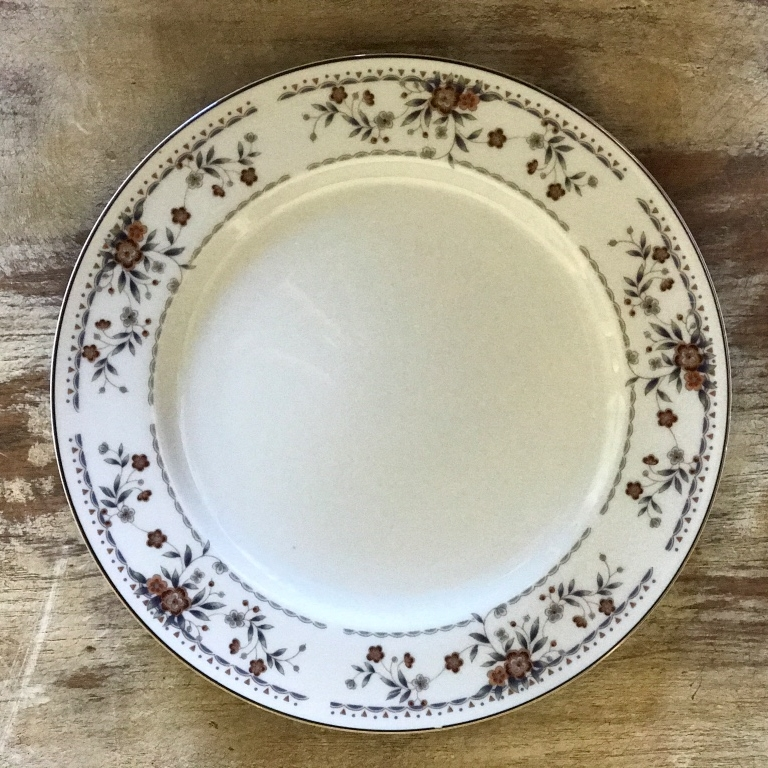 Mismatched vintage fine china in a Hazelnut color pattern. Wedding rentals in the Temecula Valley.