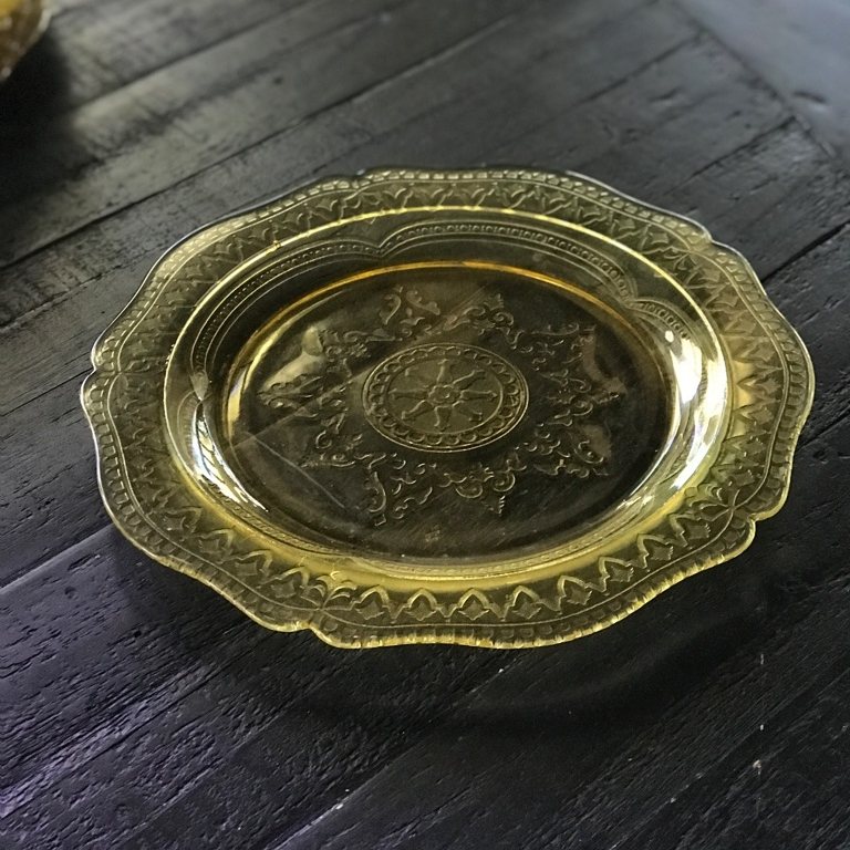 Amber cut glass dinner plates. Mismatched and Mid-Century-Modern. Vintage wedding rentals in The Temecula Valley.l