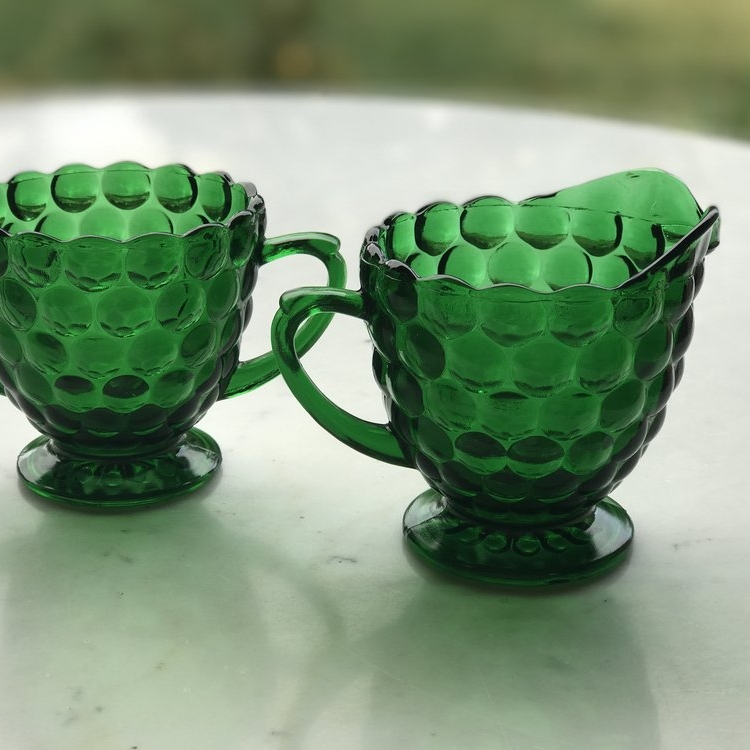 Emerald green bubbled cream and sugar. Vintage Mid Century Modern. Wedding rentals in Murrieta.