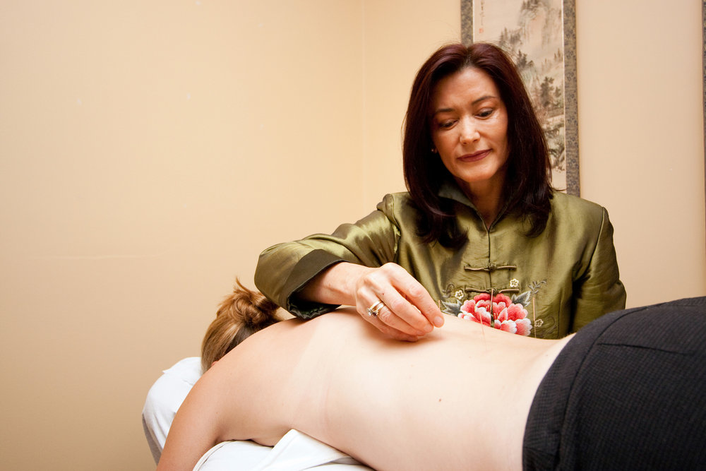 Carter-Acupuncture-2-WEB.jpg
