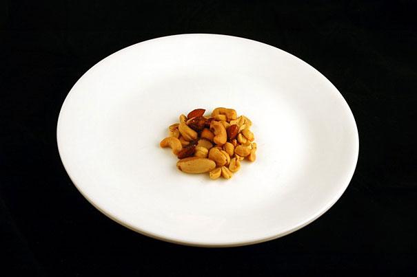 what-200-calories-look-like-food-60.jpg