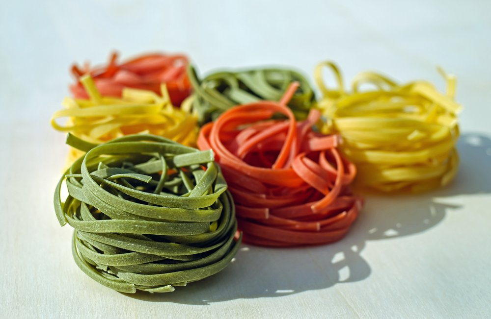 noodles-tagliatelle-raw-colorful-165844.jpeg