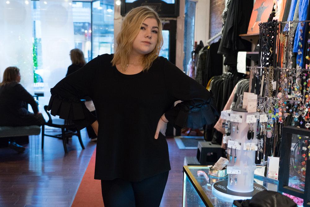 Jacklyn Vidal a la boutique Oppen en Montreal.