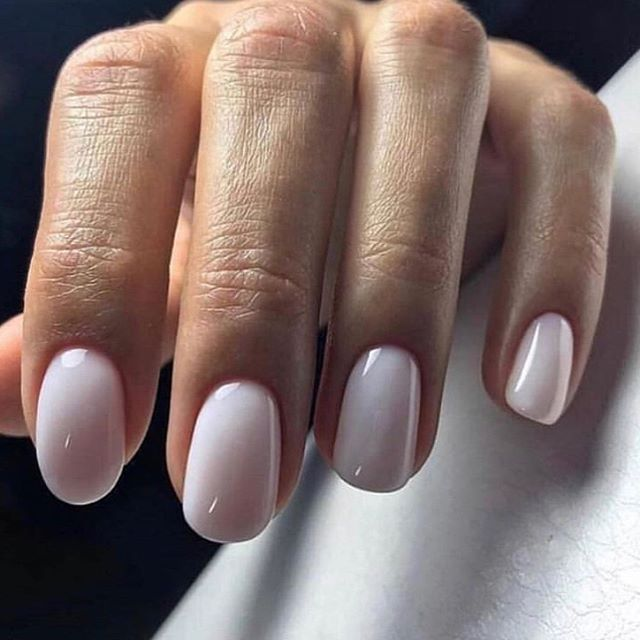 M A N I M O N D A Y S  Hard wearing Gel polish available all summer at our brand new Blowout Beauty room this summer! Book ahead by emailing book@blowoutibiza.com ✨ . . . . #ibiza #beauty #ibizanails #ibizabeauty #ibiza2019 #summer #summer2019 #gelnails #trend