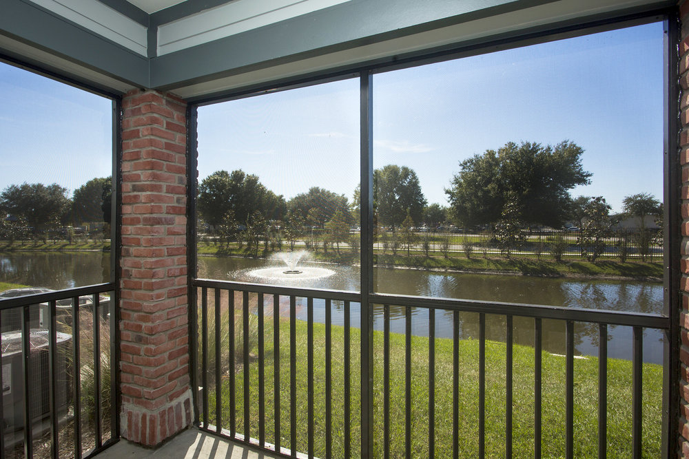 CharlestonEdge-Rental-Apartment-Brandon-Tampa-Florida-Pool-Bedrooms-View.jpg