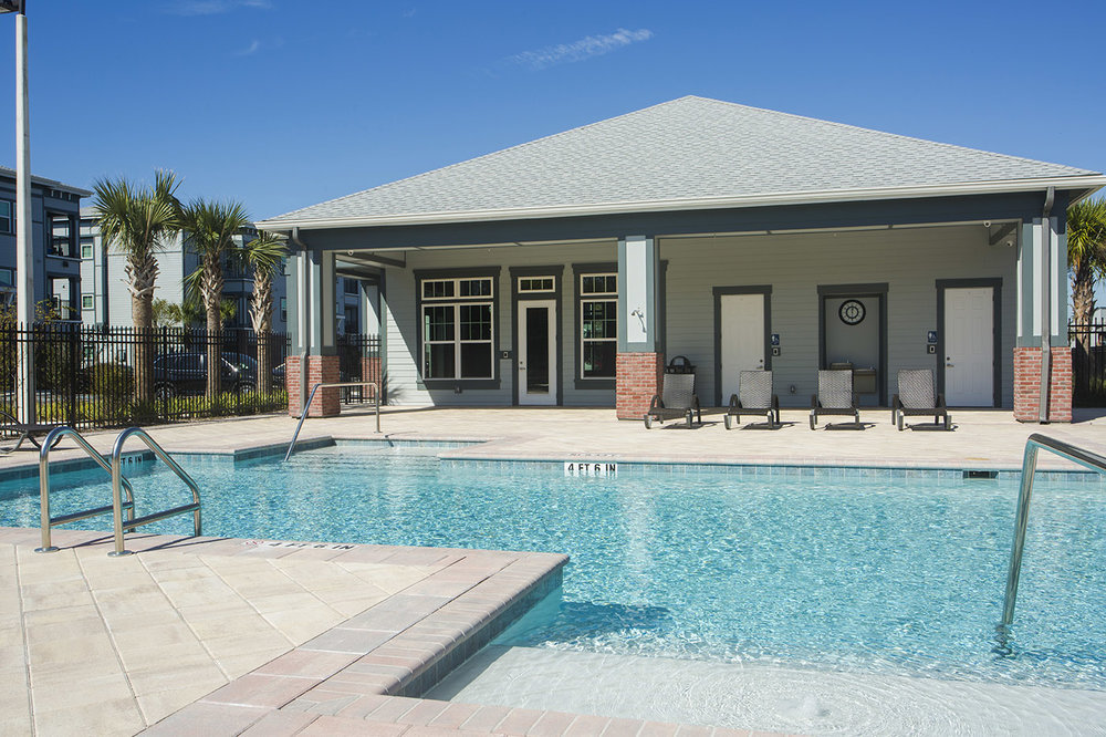 CharlestonEdge-Rental-Apartment-Brandon-Tampa-Florida-Pool-Bedrooms-Pets-Pool-5.jpg
