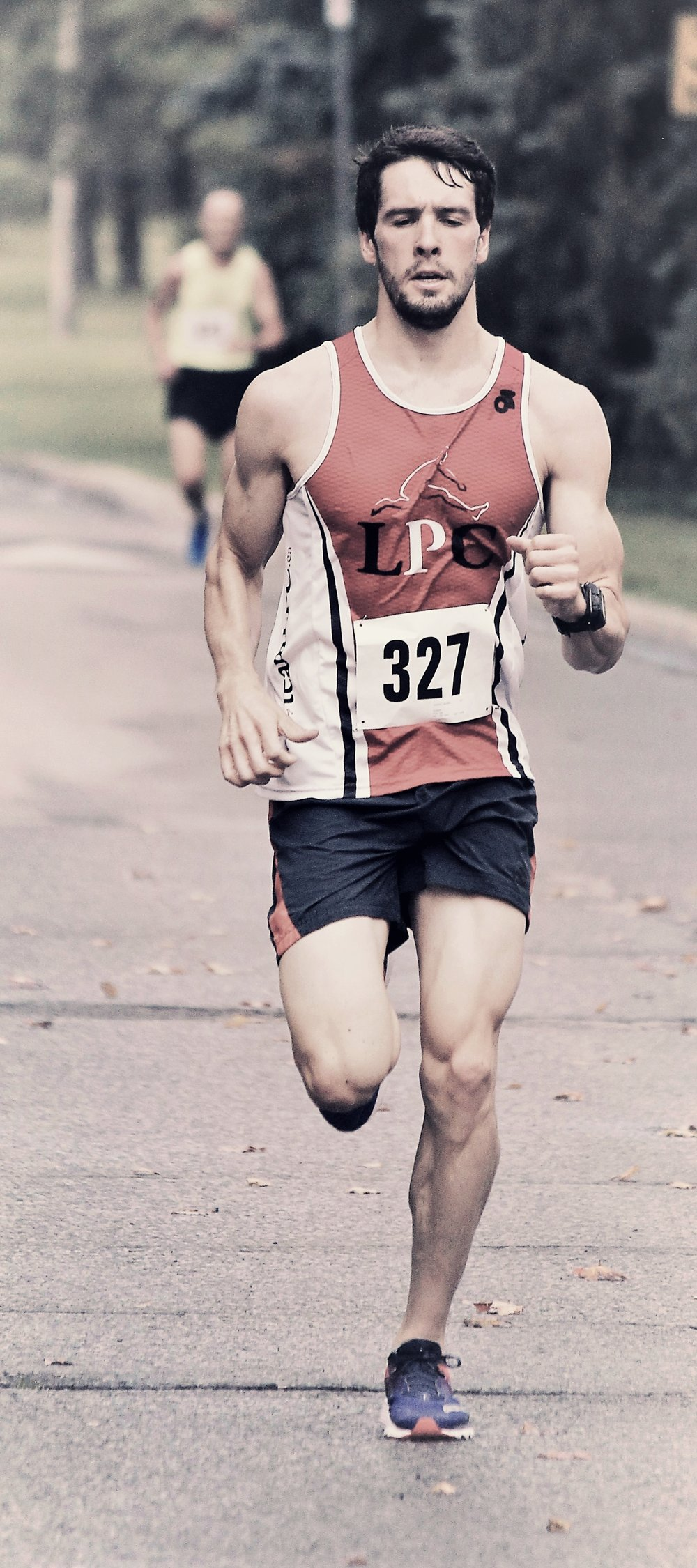 The Guelph Thanksgiving day 10km, Photo by Maureen Hay.