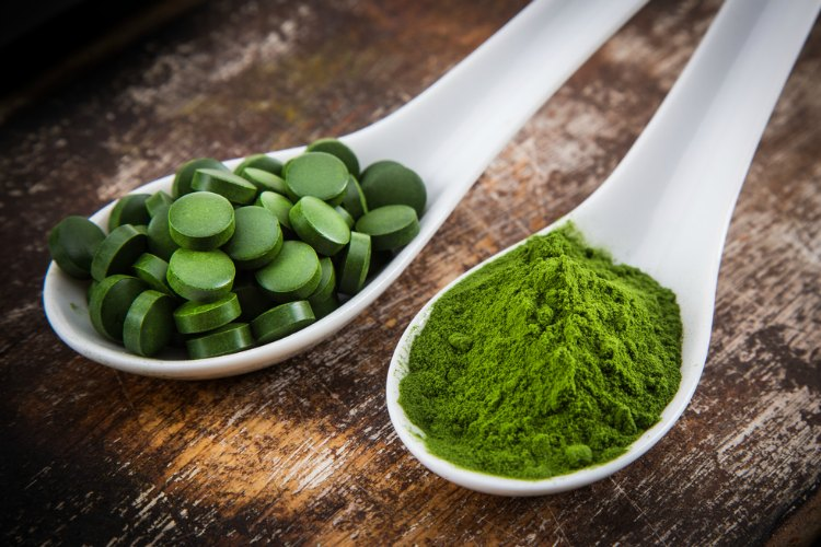 5 Reasons to Take Spirulina