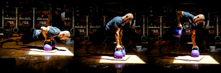 Best Kettlebell Ab Exercises: Renegade Rows