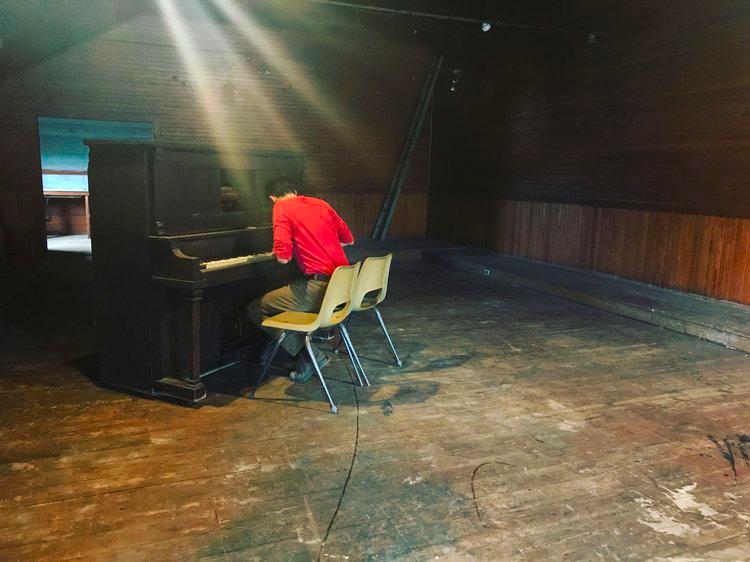 isaac_piano.png