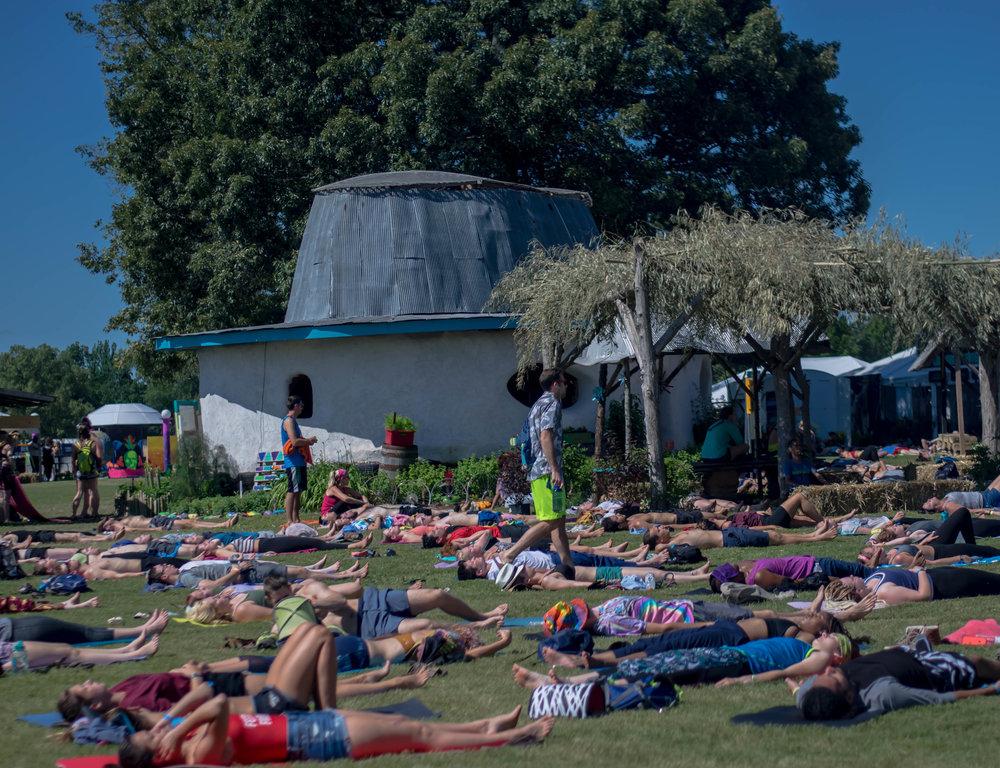 Yoga 20170609.jpg