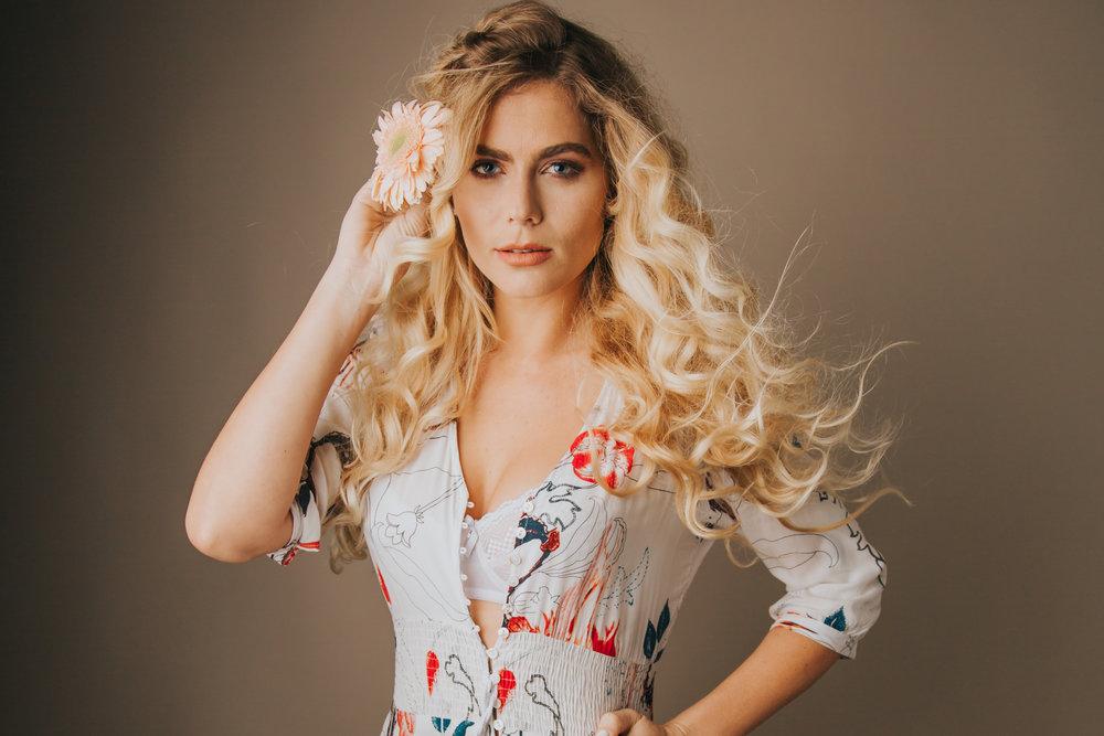 // August 22 2017 - Model: Kristina Sofia ( IG)