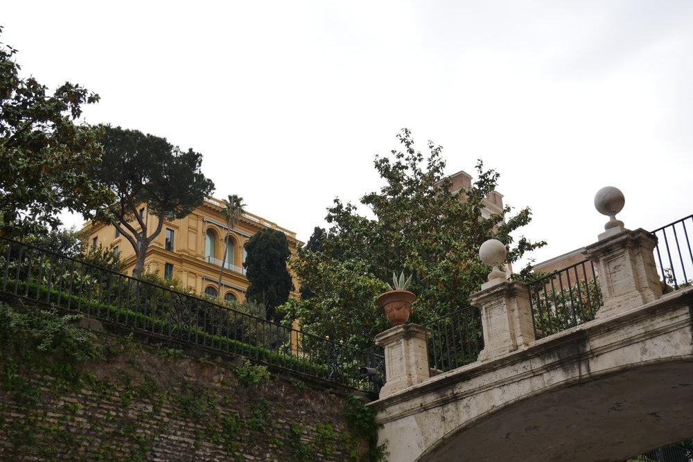 Archways-Rome.jpg