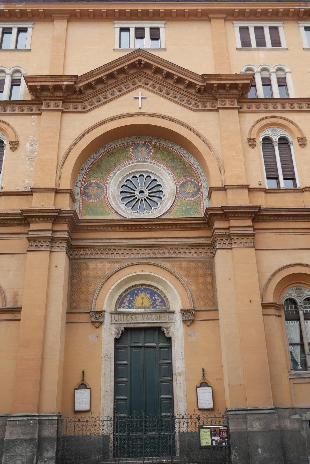 Chiesa-Valdese-Rome.jpg