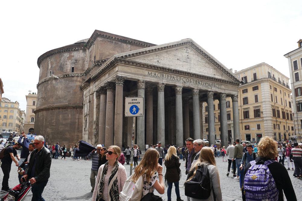 Pantheon-Rome.jpg