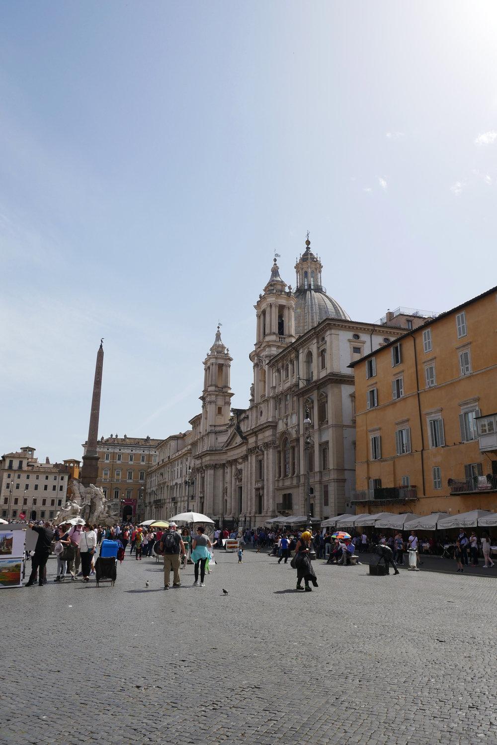 Sant'Agnese-in-Agone-exterior-Rome.jpg