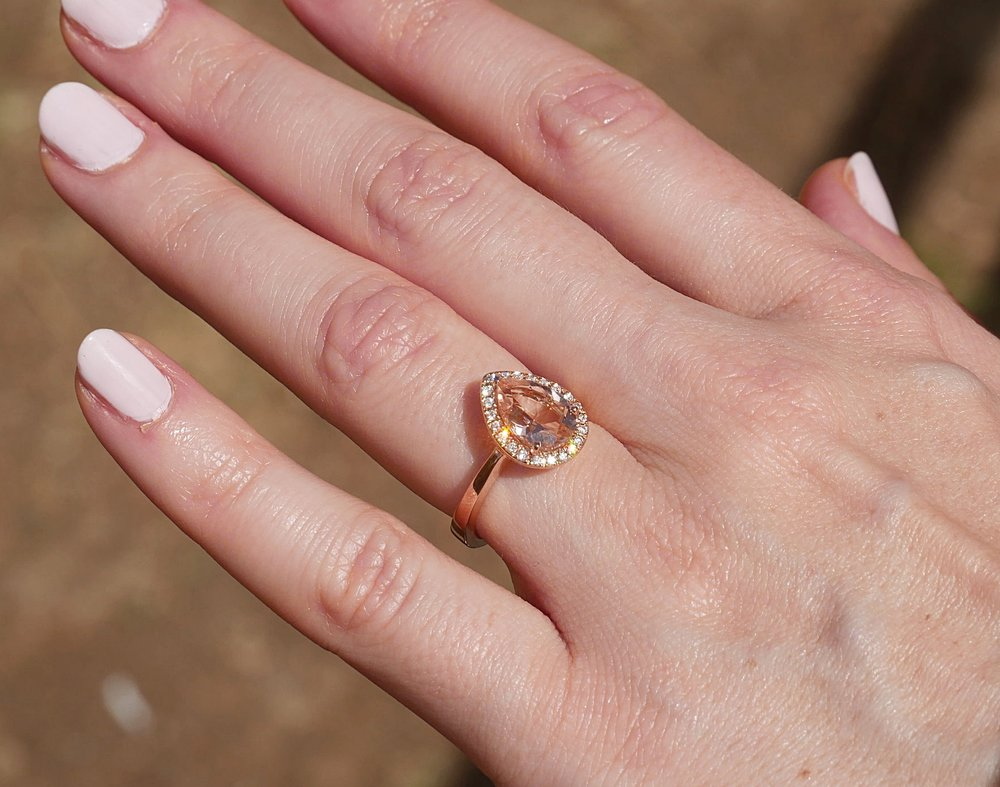 Close-up-of-engagement-ring-morganite-diamonds-rose-gold.JPG