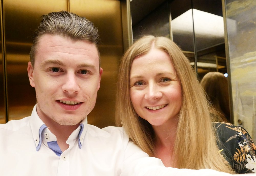Engaged-couple-elevator-selfie-Hotel-Eden-Dorchester-Collection-Rome.JPG