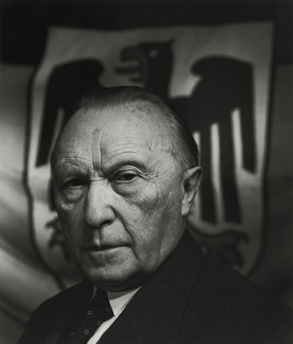Lempertz-1003-125-Photographie-Arnold-Newman-Chancellor-Konrad-Adenaue.jpg