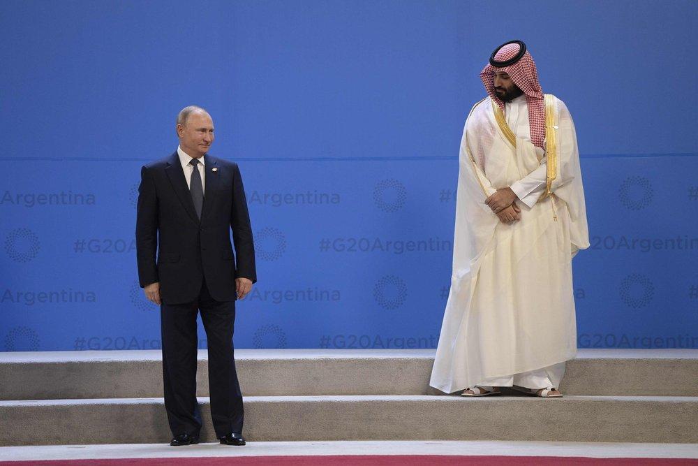 Принц Саудівської Аравії Мухаммед ібн Салман Аль-Сауд та президент РФ Володимир Путін  Pablo Martinez Monsivais / AP