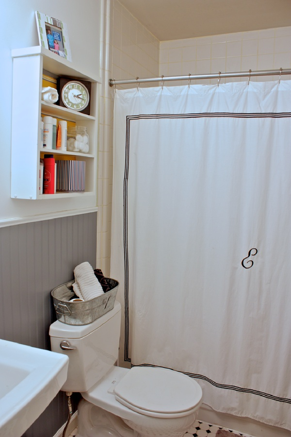 Full-view-bathroom2.jpg