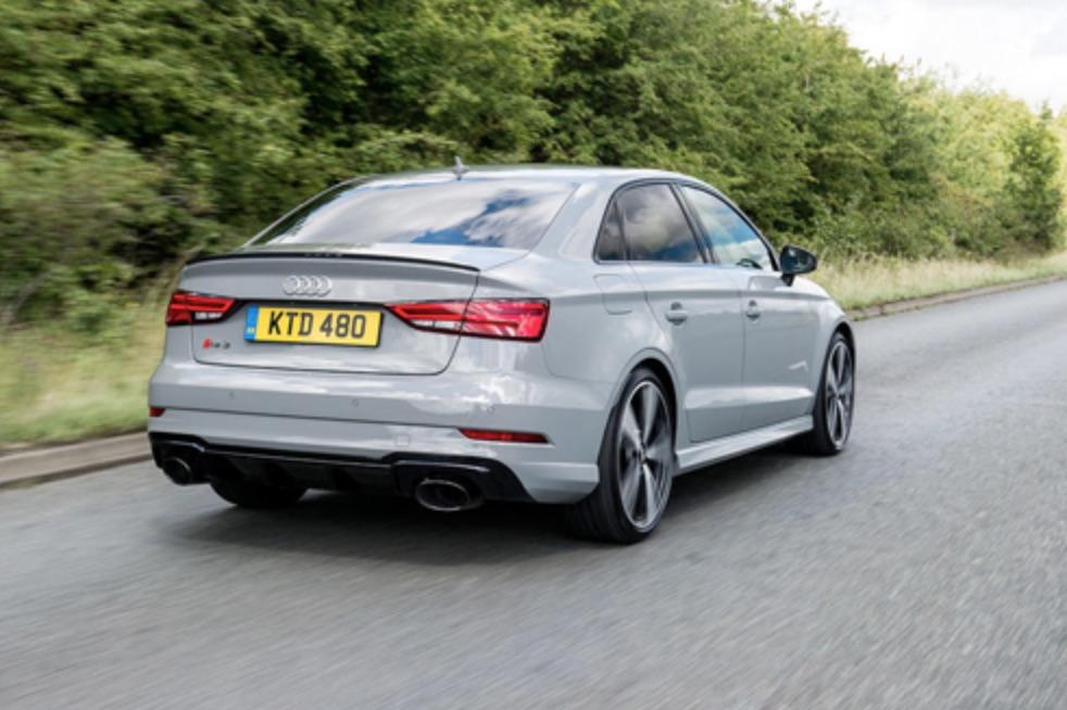 Audi Saloon.jpg