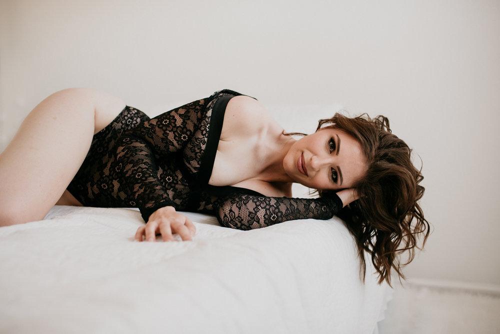 KelseyBoudoir-57.jpg