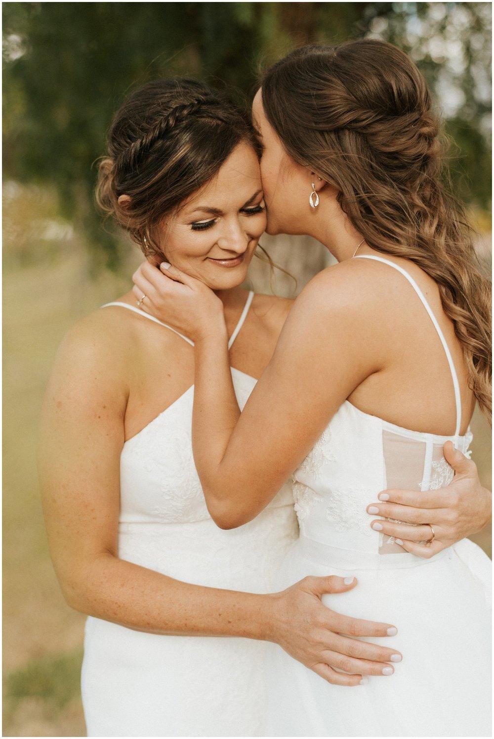 arizona same sex wedding photographer - jenni and lauren wedding the islands clubhouse_0046.jpg