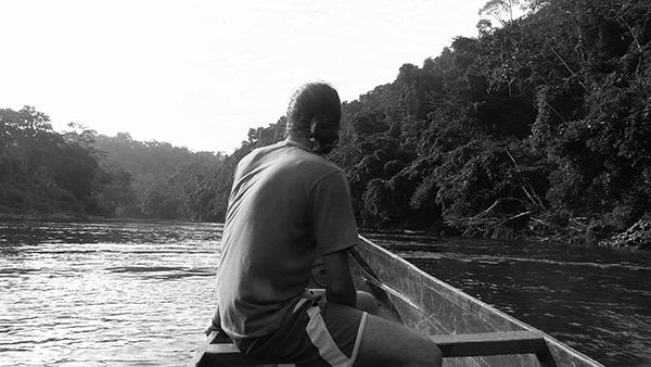 Cayapas Ecuador río lancha Manu.jpg