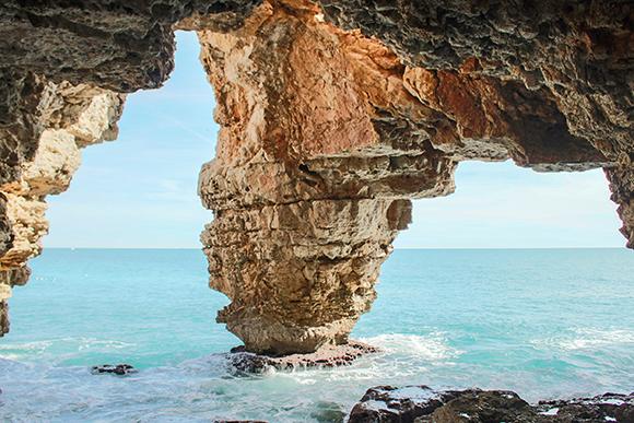 la Cova dels Arcs