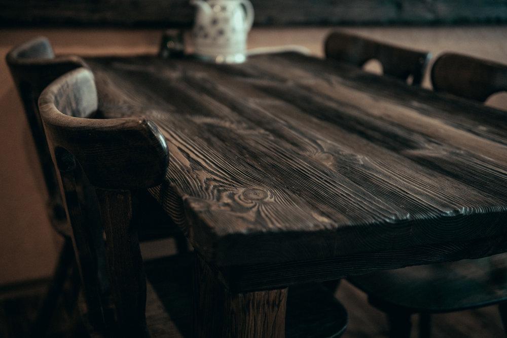RWood-laud-handmade-wood-furniture-vanutatud-vana-puit-2.jpg