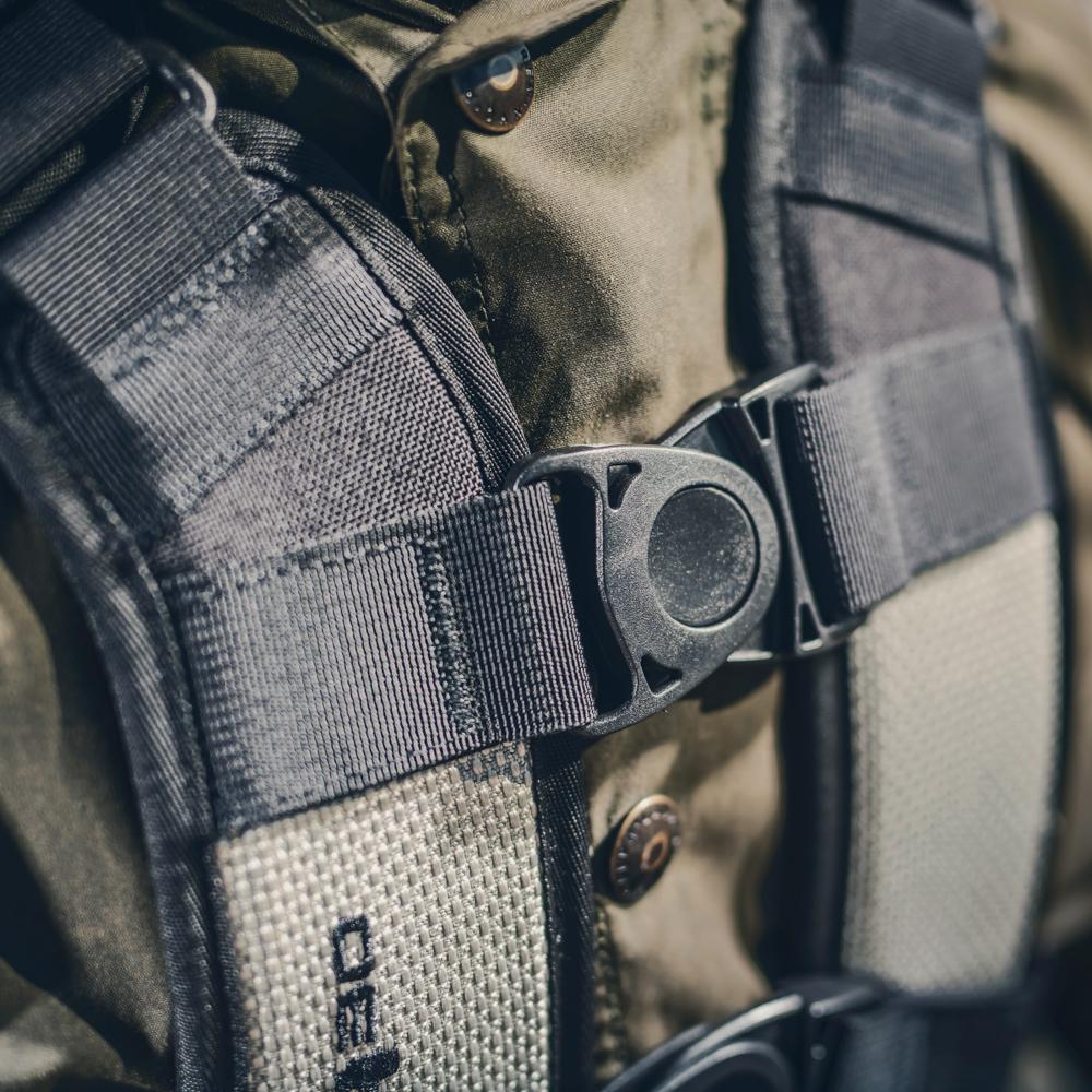 Kriega-r30-detail3.jpg