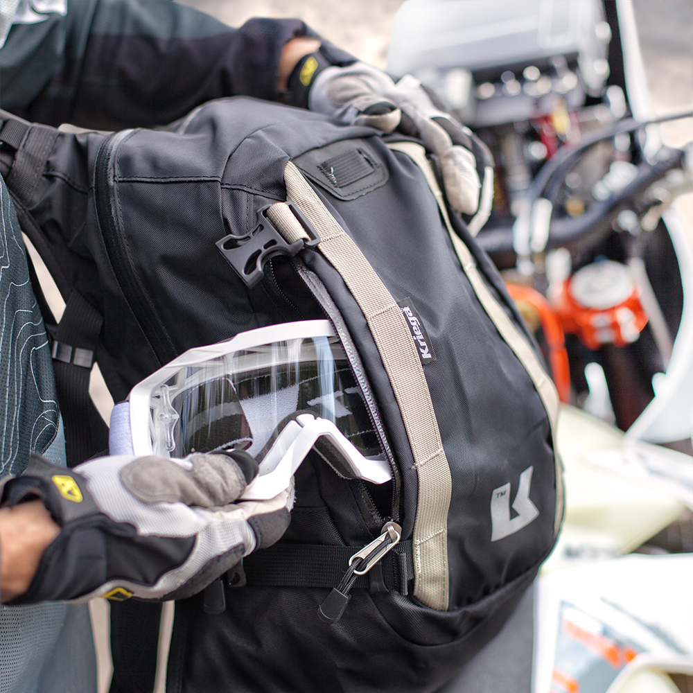 kriega-R15-backpack-detail.jpg
