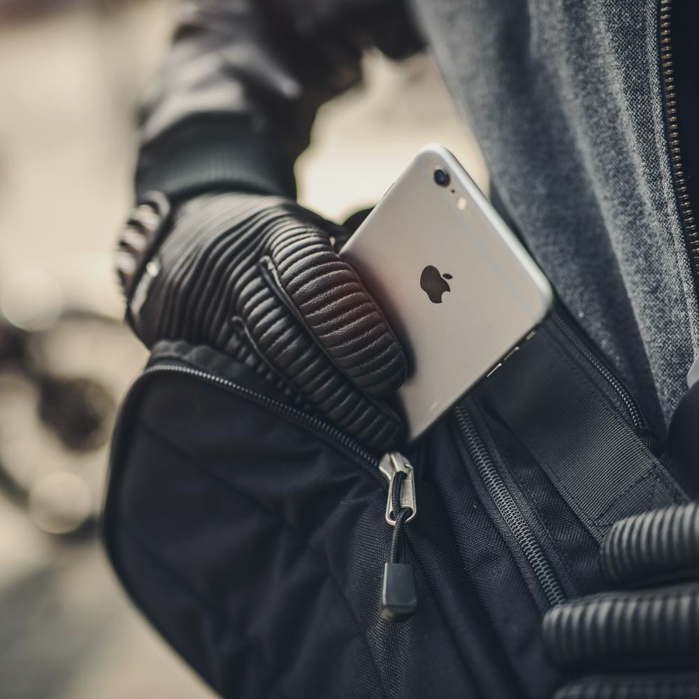 kriega-sling-edc-inside-pocket.jpg