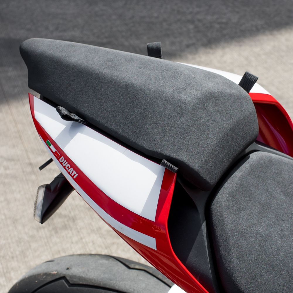 kriega-959-1299 fit kit-seat.jpg