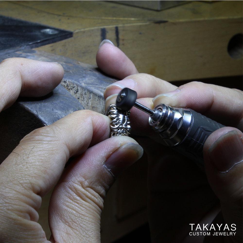 polishing-dalish-wedding-ring-takayas