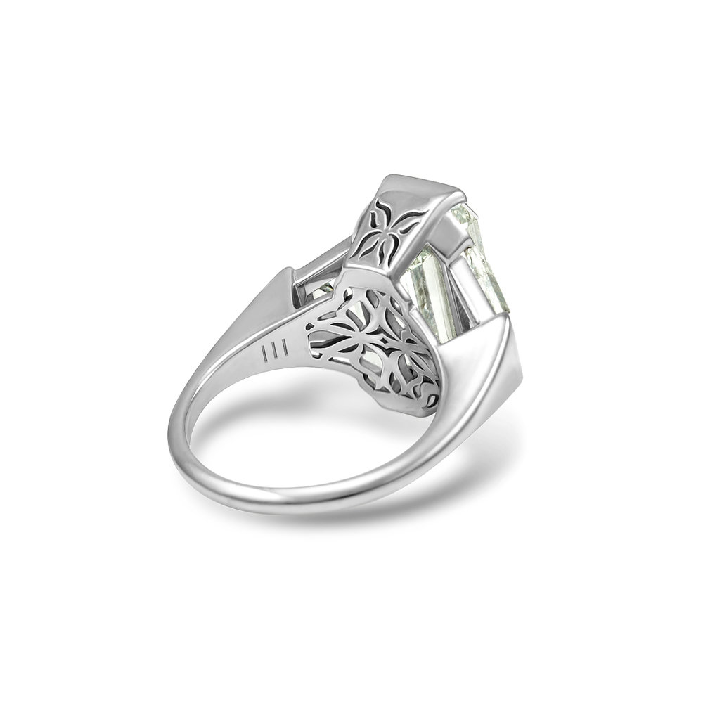 featured-image-butterfly-diamond-ring-takayas-custom-jewelry.jpg