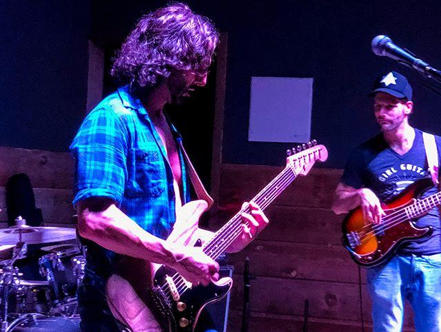 😎 Brad Tretola Live @bcsbackyard 🎶 . . #audioproduction #livesound #audiolife #liveband #bradtretola #musician #cedarpark #cedarparktx #texas #texasband #leander #music #livemusic #livemusicrocks #atx #austintx #life