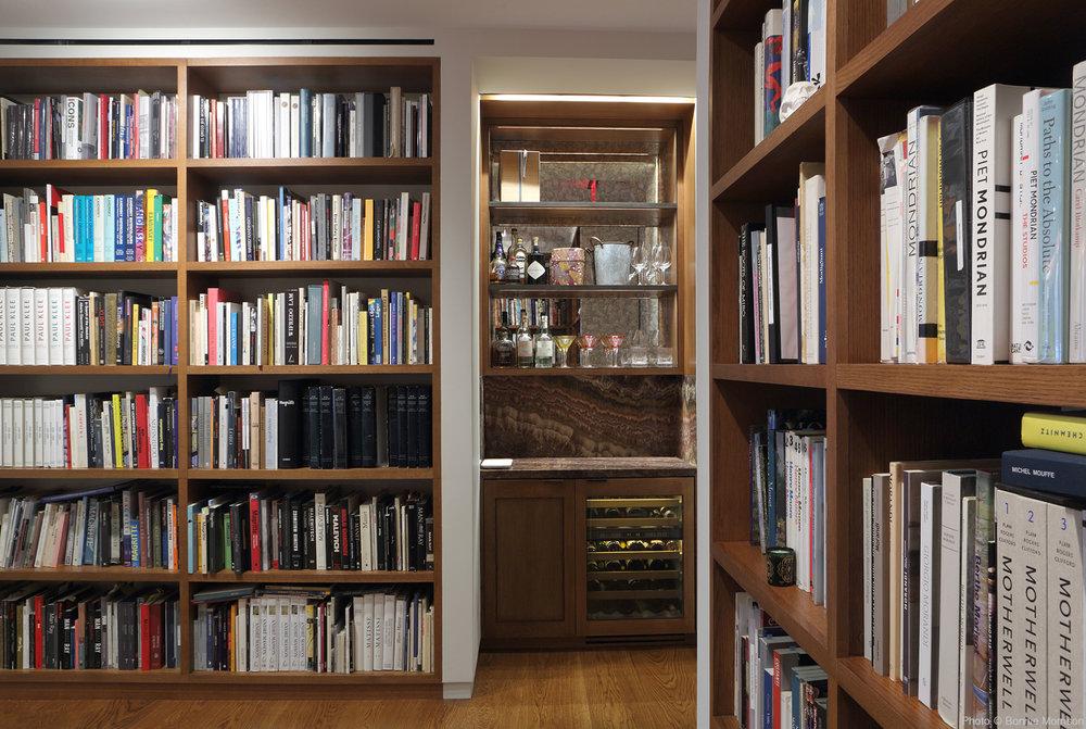 DDG_Library007 2.jpg